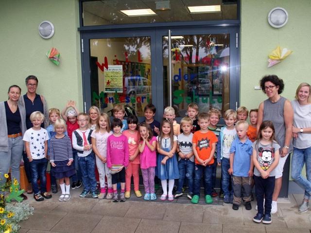 Erstklässler der Montessorischule Salzkotten 2017