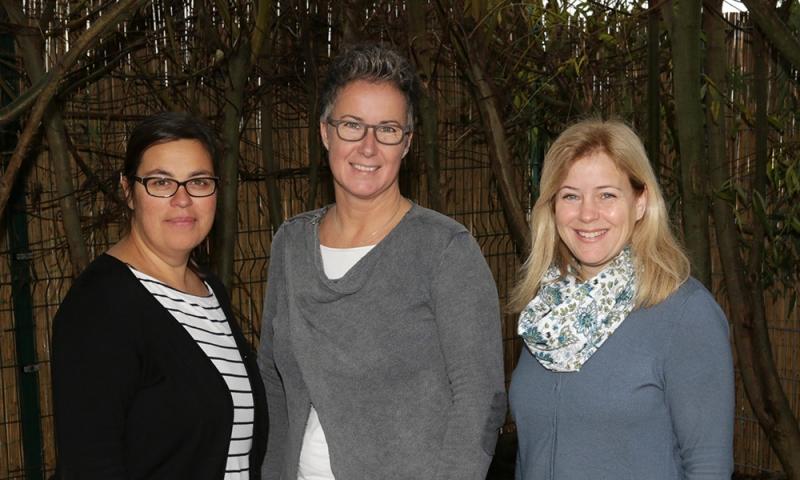 Team der Feuerklasse: Kerstin Sendler (I-Kraft), Monika Lumperda (Klassenleitung), Sabine Liekenbröcker (Lernbegleitung)