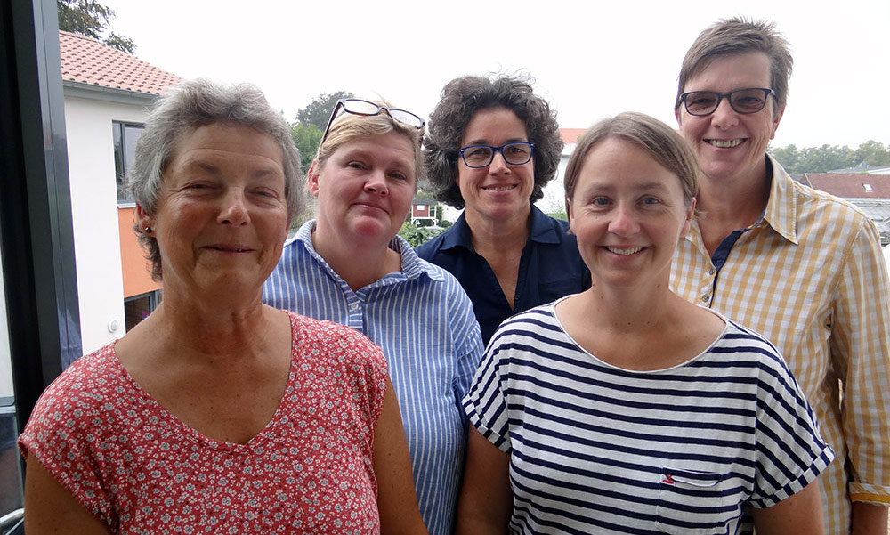 Team der Wasserklasse: Barbara Bargenda (I-Kraft), Anne Berg-Heggemann, I-Kraft, Ulrike März (Klassenleitung), Katherina Berndt (Sonderpädagogin), Annette Allhoff (I-Kraft),